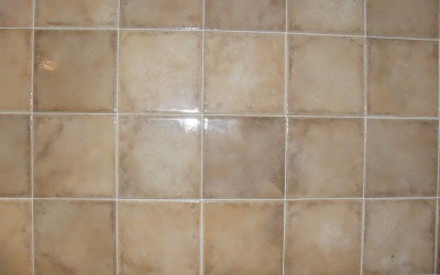 Piastrelle da rivestimento bagno o cucina ristruttura e arreda agostino - Rivestimento cucina no piastrelle ...