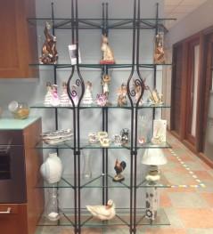 Ristrutturazioni e arredamenti Agostino - Libreria in ferro pieno con ripiani in cristallo