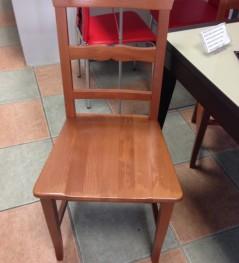 Ristrutturazioni e arredamenti Agostino - Sedie in legno