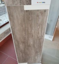Ristrutturazioni e arredamenti Agostino - Piastrelle effetto legno